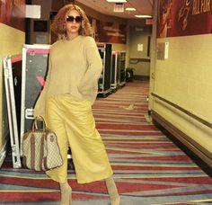 Beyonce 2013, Beyonce Coachella, Beyonce Knowles Carter, Beyonce And Jay Z, Beyonce Beyonce, Beyonce Memes, Tina Knowles, Beyonce Style, Queen B