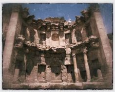 Jerash – the greatest Roman ruins you've never heard of. | The Amateur Adventurer The Nympheum (fountain)