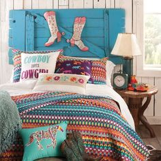 1000 Ideas About Cowgirl Room On Pinterest Horse Themed Bedrooms Horse Bedrooms And Horse