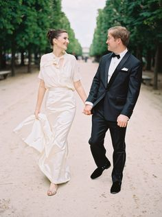 Elegant + stylish elopement in Paris: http://www.stylemepretty.com/2016/03/15/elegant-four-seasons-wedding-in-paris/ | Photography: Kristin  Sweeting - http://www.kristinsweeting.com/
