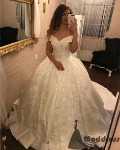 2018 Ivory Lace V-neck Satin Wedding Dresses Ball Gowns,HS560 #fashion#promdress#eveningdress#promgowns#cocktaildress
