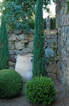 Provence in Ojai by Paul Hendershot #gardendesign