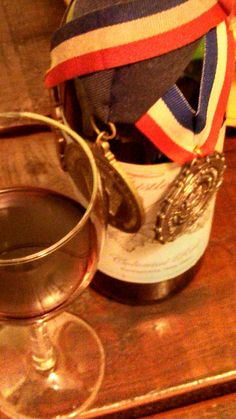 Award Winning Colonial Red at Thistlethwaite Vineyards