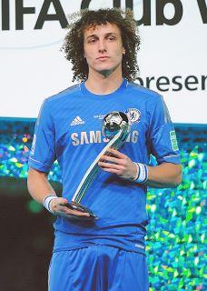 David Luiz  -not so happy =/