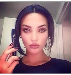#meganfox  #younique #3dfiber #lash #mascara and so do we xxxxxx www.youniqueproducts.com/shelleyransome