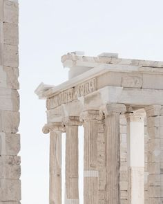 Greek travel and photography inspiration, neutral colors. Art Antique, Blue Color Schemes, Beige Aesthetic, Heroes Of Olympus, Greek Gods, Ancient Greece, Ancient Egypt, Ancient History, Gods And Goddesses