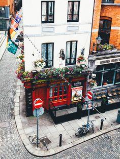 Ireland. www.haisitu.ro