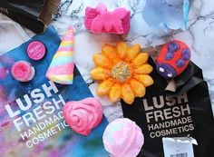 Happy Valentines Day! Admittedly I'm not a huge V-day fan but I am a bit of a Lush fan so naturally I headed to the Oxford Street Store to pick up a few limited edition… View Post The post Lush Haul a