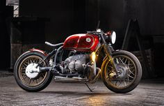 RED-HOT: BMW R100 by Incerum Customs. - Pipeburn Bmw Motorcycles, Bike Art, Bobber, Bicycle Art, Cycling Art