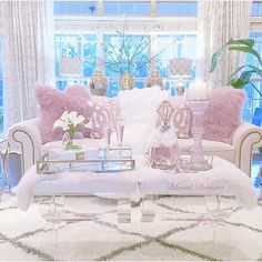 """Interior Design Inspiration on Instagram: """"@blountdesigns pop of blush is perfect Valentine's Day. Thank you for the tag!"""""""