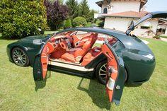 Boniolo Aston Martin Vanquish EG Shooting Brake 2007 + Coachbuilder's Encyclopedia