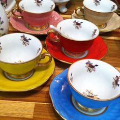 ✌️ As borboletas voaram  e chegaram os passarinhos  Tudo isso na feira Craft Design. Venham conferir os lançamentos!!!