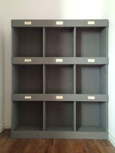DIY Library bookshelf Plans - 9 big cubbies, easy to make! Plans from ana-white.com Attach...