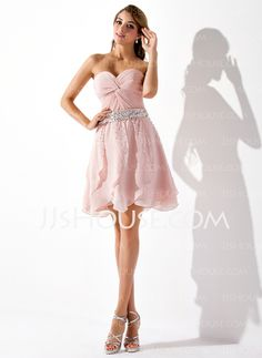 A-Line/Princess Sweetheart Short/Mini Chiffon Homecoming Dress With Ruffle Beading Sequins (022008142)
