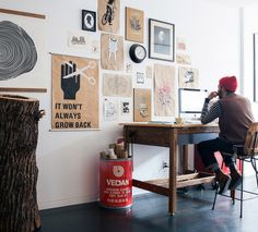 Grand Designs for Small Workspaces: The freelancer's dream office - Awwwards - http://www.awwwards.com/grand-designs-for-small-workspaces-the-freelancer-s-dream-office.html