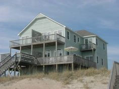 Freebird East. 3 Bedrooms, 3 Baths. Oceanfront beach rental in Emerald Isle, NC. Reduced Rate!