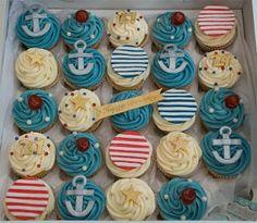 i love cupcakes: Birthday Cupcakes