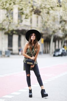 Rocker Style, Effortless Chic, Festival Outfits, Fashion Outfits, Womens Fashion, Get The Look, Everyday Fashion, Fashion Beauty, Style Fashion