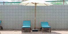 Palm – Hisbalit Mosaico | Hispano Italiana de Revestimientos. S.A Palm Springs, Swimming Pools, Patio, Outdoor Decor, Home Decor, Mosaics, Swiming Pool, Pools, Decoration Home