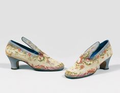 Pair of shoes, by Perugia for Paul Poiret, c. 1922, Beaussant Lefèvre. From the personal wardrobe of Denise Boulet-Poiret.