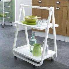 la desserte une table roulante multifonction petites choses pour d corer ma maison. Black Bedroom Furniture Sets. Home Design Ideas