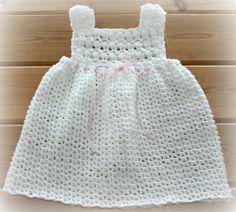 Very pretty white crochet baby girls summer por crochetyknitsnbits, £22.99
