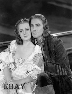 Errol Flynn and Olivia de Havilland. my OTP for life ❤️ Classic Hollywood, Old Hollywood, Hollywood Actresses, Actors & Actresses, Captain Blood, Errol Flynn, Olivia De Havilland, Famous Movies, Famous Stars