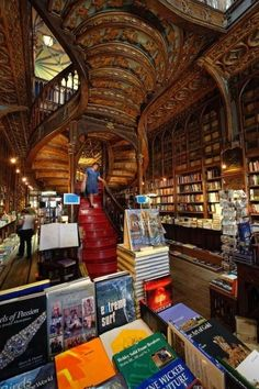 Livraria Lello bookstore, Porto, Portugal A blend of neo-Gothic and art nouveau, the enchanting Livraria Lello bookshop dates to 1906 and is rumored to have inspired J. Rowling's Hogwarts in Harry Potter.- my future home library Livraria Lello Porto, Dream Library, Douro, Art Nouveau, Spain And Portugal, Portugal Trip, Book Nooks, Bibliophile, Oh The Places You'll Go