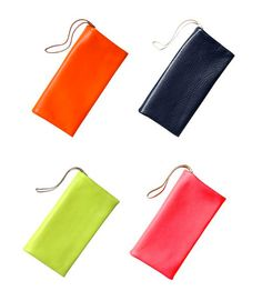 $39 leather clutches at GAP?  super cute!!!  love the punchy colors.  LE CATCH