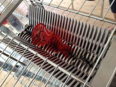 JOJO POST 3D PRINT: Plastic garbage becomes 'ink' for 3D printers.