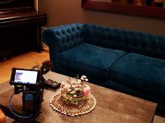 𝔽𝕚𝕝𝕞, 𝕂𝕒𝕞𝕖𝕣𝕒 - 𝔸𝕔𝕥𝕚𝕠𝕟! 🎞🎥  Gestern wurde im Hotel Parks Velden, im SOL Beachclub sowie im Hotel Rocket Rooms Velden ein Video mit unserem Chef des Hauses gedreht. 🦸♂️😉  Wer der Chef des Hauses eigentlich ist?  🤔 Das erfährt ihr bald, in unserem neuen Video! 😉  Seid gespannt! ⭐️  #simplygoodtimes #hotel_parks_velden Pink Lake, Das Hotel, Chef, Parks, Lounge, Film, Furniture, Home Decor, Single Bedroom