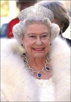 Royal Jewels of the World Message Board: Sheikh Rashid of Dubai gave the Queen this diamond and sapphire demi-parure when she visited during a Middle East tour in 1979.