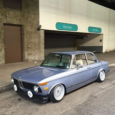 Stanced BMW 2002 Tii