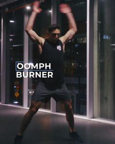 Kickboxing Fitness anywhere, anytime! Join the OOMPH app and kick your fitness to the next level! Boxer Workout, Hitt Workout, Kickboxing Workout, Insanity Workout Videos, Gym Workout Videos, Gym Workouts, Hiit, Boxe Mma, Lower Belly Workout