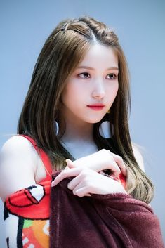 Photo album containing 21 pictures of Sowon Kpop Girl Groups, Korean Girl Groups, Kpop Girls, Extended Play, Gfriend Sowon, Single And Happy, Cloud Dancer, G Friend, 25 Years Old