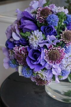 anemone,scabiosa and sweet pea Flora Flowers, Colorful Flowers, Purple Flowers, Spring Flowers, Beautiful Flowers, Beautiful Flower Arrangements, Floral Arrangements, Bouquet Champetre, Bloom Where Youre Planted