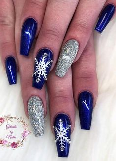 60 Festive Christmas Nail Art Designs & Ideas for 2019 – Page 13 – Tiger Feng Plum Nails, Fancy Nails, Pretty Nails, Christmas Nail Art Designs, Christmas Nails, Christmas Decorations, Holiday Nails, Fox Nails, Polygel Nails