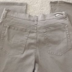 Light Brown Stretch Jeans Light brown/taupe stretch jeans. Size 10 boot cut. 97% Cotton & 3% Spandex. Very gently used- maybe worn 2 or 3 times at most. Gloria Vanderbilt Jeans Boot Cut