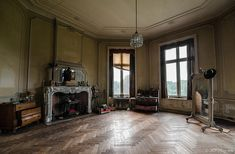 Chateau de la foret (MCPHOTOGRAPHIE)