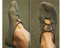 Gost Paleo Barefoots writeup - GearJunkie -> http://gearjunkie.com/chainmail-running-shoes Foot in Armor? Chainmail Running Shoes now a Reality