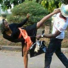 News Relationship  Relationships  A Bag  Hand Bags  Bag Snatcher  Artist Hand  O Women S Handbags  Bridals  Blog Today     S