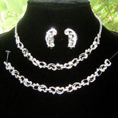Vintage Pennino  Diamante Rhinestone Necklace Bracelet Earrings
