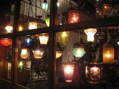 アンティークガラスのランプ