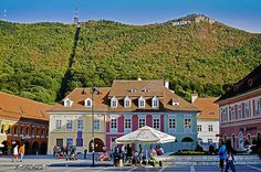 Brasov, Romania. Wonderful Places, Beautiful Places, Travel Around The World, Around The Worlds, Brasov Romania, Transylvania Romania, London United Kingdom, Famous Castles, Medieval Town