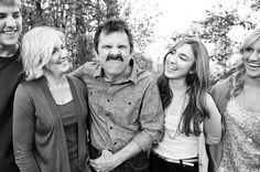 Family Photo Posing Tips {Older Children}