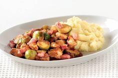 21 oktober - Spruiten + Kruimige aardappelen in de bonus = Herfstig stoofpotje met spruiten en fluweelzachte aardappelpuree - Recept - Allerhande