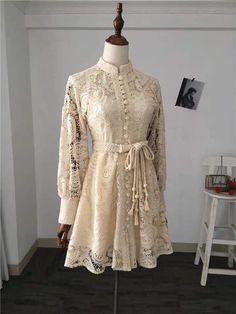 Modern Hijab Fashion, Muslim Women Fashion, Batik Fashion, Model Dress Kebaya, Kebaya Modern Dress, Kebaya Lace, Kebaya Hijab, Dress Muslim Modern, Girls Dresses Sewing