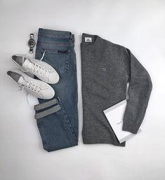 Sweater: @lacoste Denim: @vanderlayck Sneakers: @commonprojects Watch: @citizenwatch