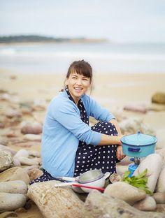 Rachel Khoo! in blue..with a blue pot:) ჱ ܓ ჱ ᴀ ρᴇᴀcᴇғυʟ ρᴀʀᴀᴅısᴇ ჱ ܓ ჱ ✿⊱╮ ♡ ❊ ** Buona giornata ** ❊ ~ ❤✿❤ ♫ ♥ X ღɱɧღ ❤ ~ Thu 12th Feb 2015