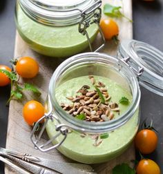 idea of cold cucumber and avocado soup with top sunflower seeds in a glass jar, gourmet cold entrée recipe Entree Recipes, Appetizer Recipes, Healthy Recipes, Healthy Food, Avocado Soup, Cold Appetizers, Fast Food, Food Inspiration, Entrees